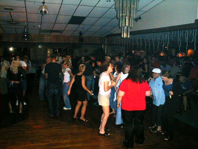 pine,view,acres,oldies,dance,party,with,dj,ray