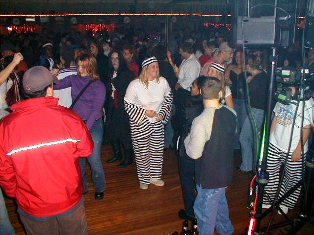 picture of oldies dance party at pine view acres